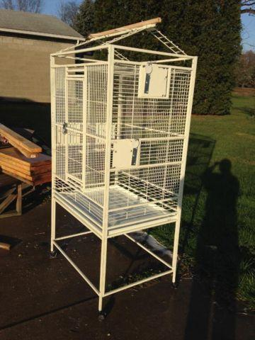 Large parrot cage with play top