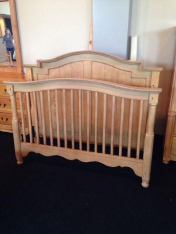 Full Size Wood Bedframe