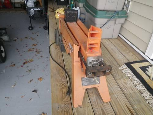 Electric 6 ton wood splitter