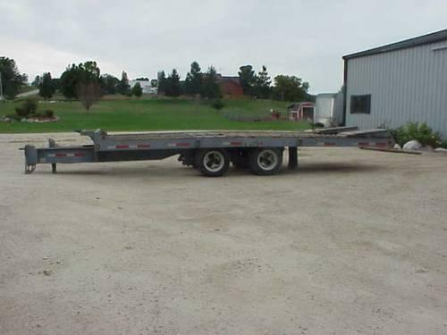 CARGO EXPRESS UTILITY TRAILER: 10.5' x 5' BED WITH TILT