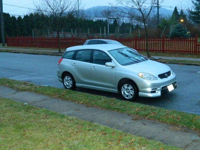 2003 toyota matric xr silver