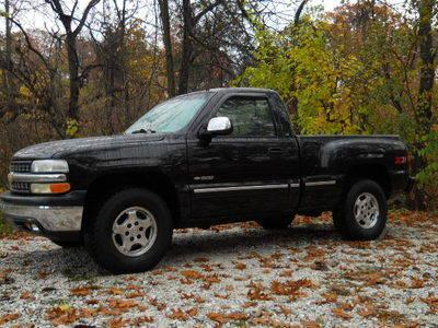 2000 chevy silverado z71 4x4 shortbed for sale in quincy illinois classified. Black Bedroom Furniture Sets. Home Design Ideas